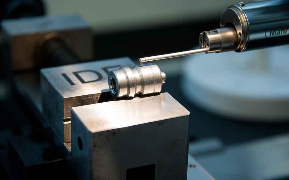 Record-Spa-produttore-di-valvole-per-pneumatici-e-minuterie-metalliche-di-precisione5