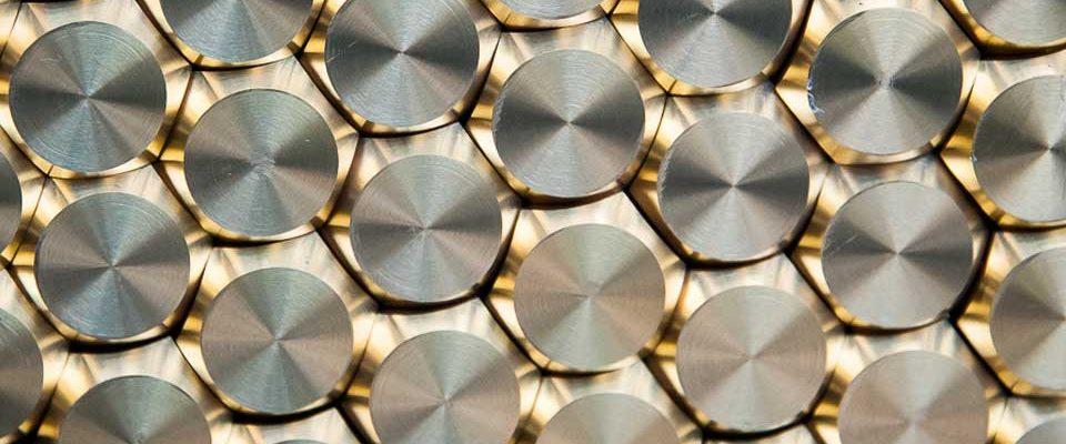 Record-Spa-produzione-e-fornitoura-di-valvole-per-pneumatici-e-minuterie-metalliche-di-precisione1